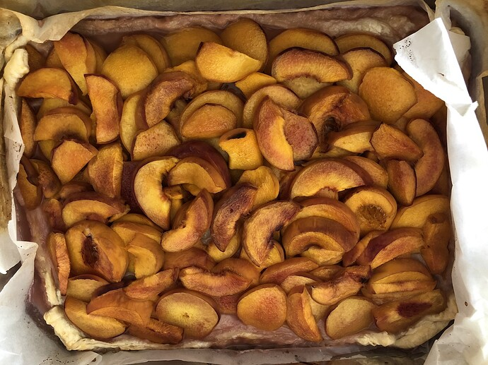 2021-07-18_Harvest_Peaches_in_pastry_IMG_0877